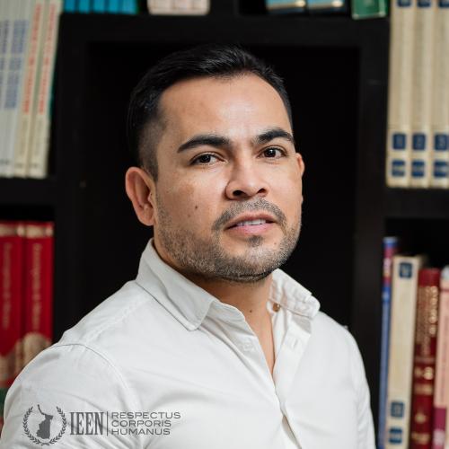 Lic. Evaristo Castillo Pérez