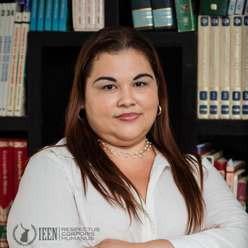 Mtra. Rosalinda Perales Carreño